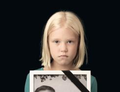 Kind vom Poster