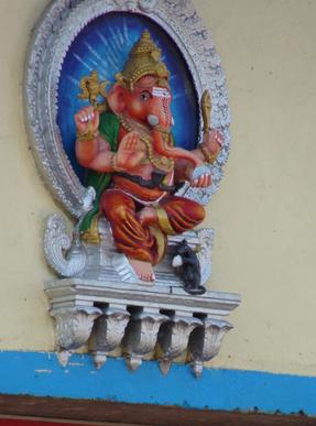 Ganesha ist Sohn Sivas, er gilt als Beseitiger von Hindernissen und ist sehr beliebt